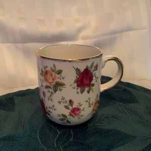 Royal Albert Old Country Roses Classic 4 Mug